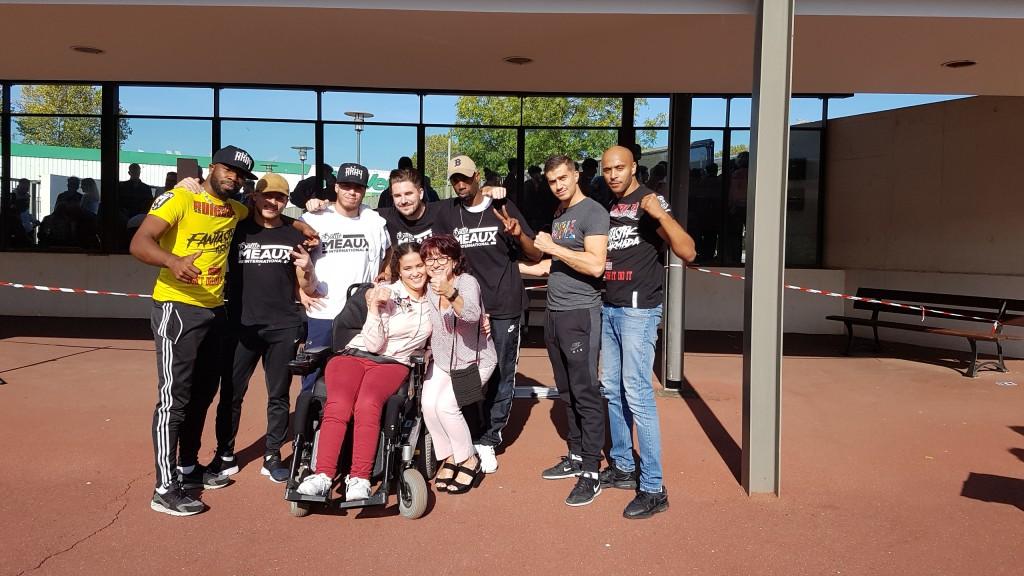 Le bureau information jeunesse accompagné du groupe fantastic